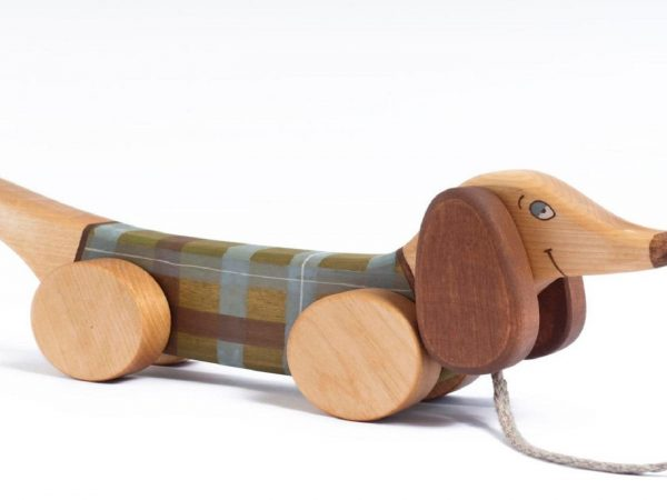 Why Is It Better To Choose Wooden Toys For Children?